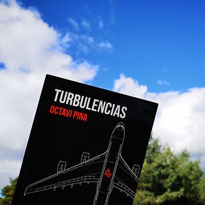 Novela Turbulencias