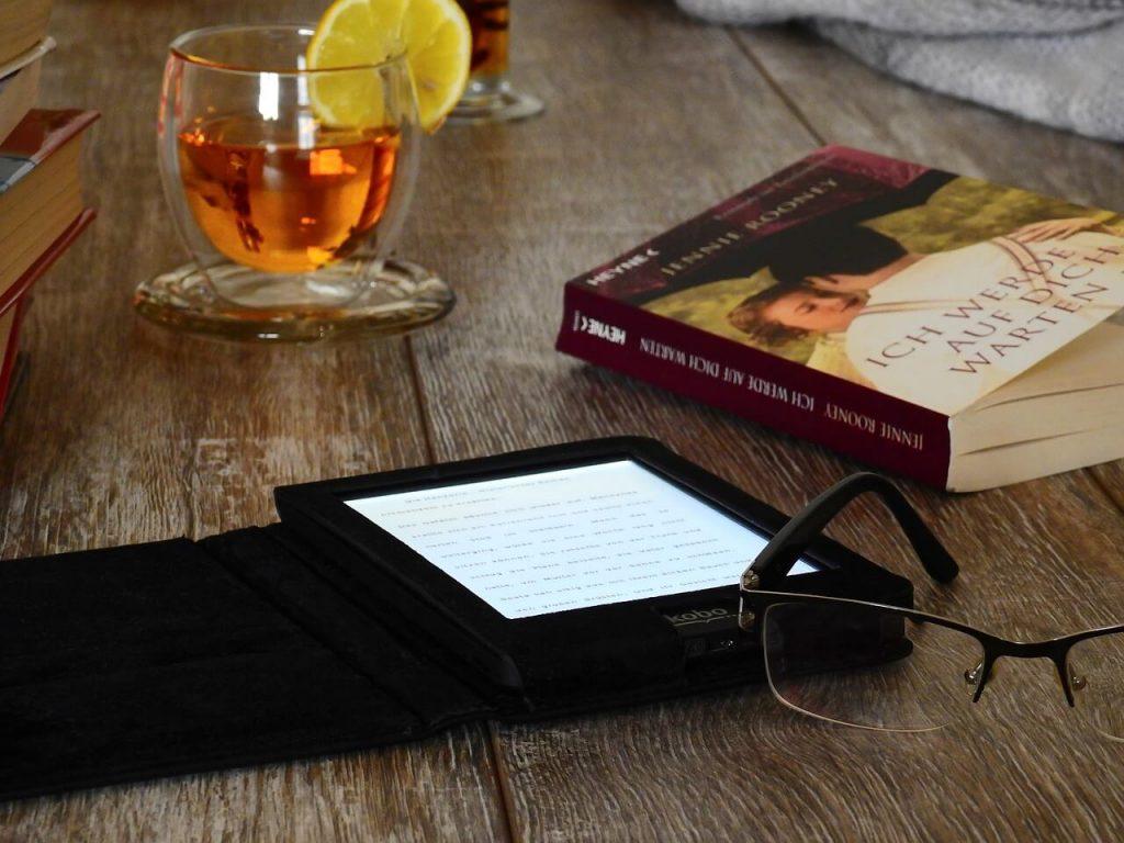 La autopublicación de un libro en formato digital (eBook) es de las opciones más asequibles