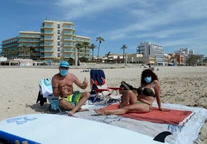 Mascarilla obligatoria en playas y piscinas en España