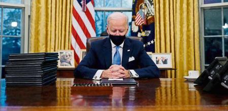 Joe Biden suspera los cien primeros días de su mandato