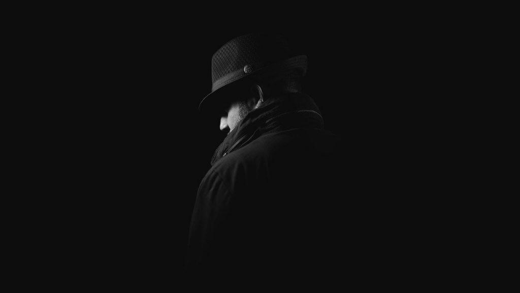 Detective o polícia típìco  de la novela negra